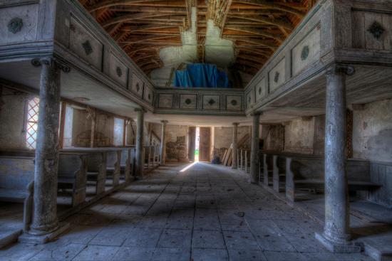 nathan-wright-light-shining-through-door-to-church