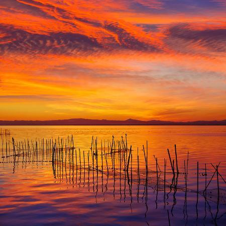 naturewolrd-la-albufera-lake-sunset-in-el-saler-of-valencia-at-spain