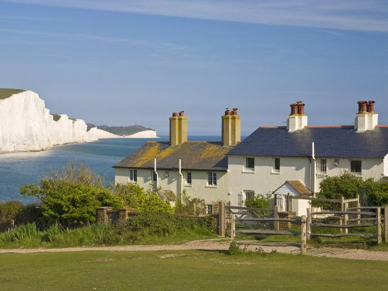 neale-clarke-view-of-the-seven-sisters-cliffs-the-coastguard-cottages-on-seaford-head-east-sussex