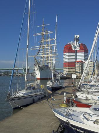 neale-clarke-yachts-moored-near-the-uitken-lookout-in-gothenburg-goteborg-harbour-sweden-scandinavia