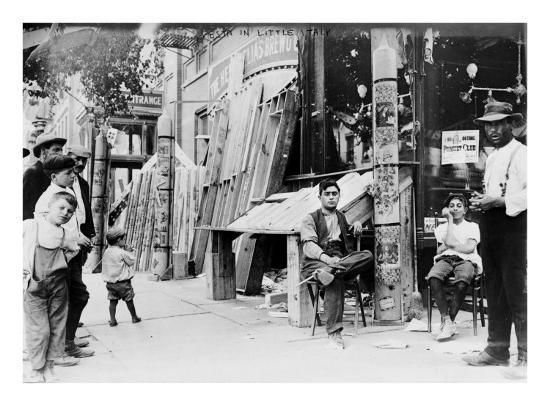 new-york-city-festival-in-little-italy-1908