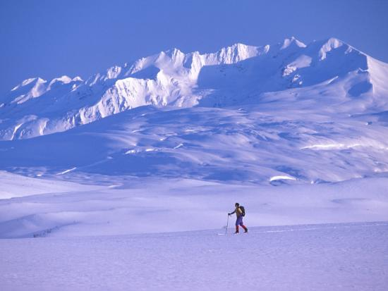 nick-norman-cross-country-skier-in-an-arctic-landscape-yukon-mountains-canada