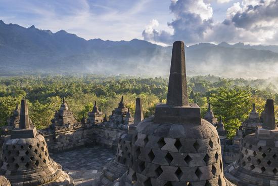 nigel-pavitt-indonesia-java