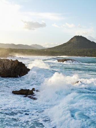 norbert-schaefer-waves-crashing-on-rocks