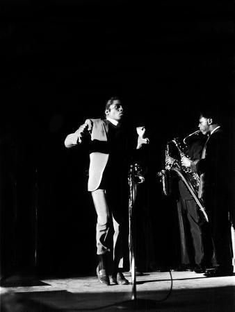 norman-hunter-james-brown-shows-off-some-of-his-signature-moves-may-29-1968