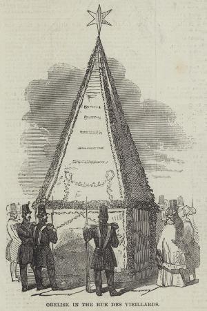 obelisk-in-the-rue-des-vieillards