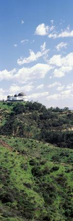 observatory-on-a-hill-griffith-park-observatory-los-angeles-california-usa