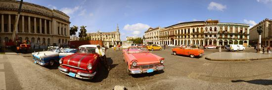 old-cars-on-street-havana-cuba