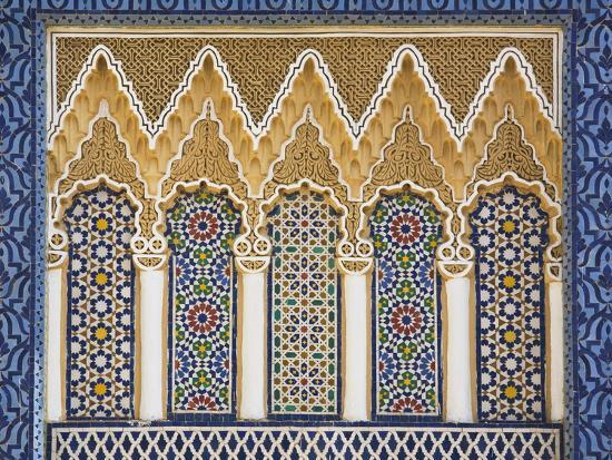 ornate-detail-with-coloured-tiles-royal-palace-fez-el-jedid-fez-fes-morocco-north-africa