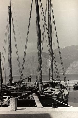 otto-zenker-sailboats-in-the-harbour-of-malcesine