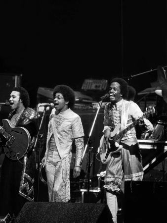 ozier-muhammad-earth-wind-fire-1978