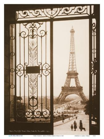 pacifica-island-art-paris-france-eiffel-tower-tour-eiffel-view-from-the-trocad-palais-de-chaillot