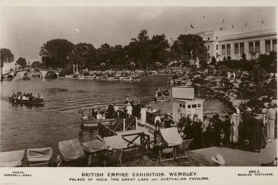 palace-of-india-the-great-lake-and-australian-pavilion-british-empire-exhibition-wembley-1924