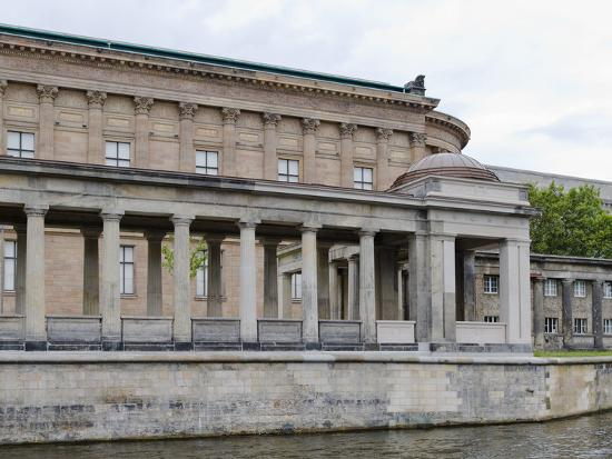 panoramic-images-museum-at-the-riverside-altes-museum-spree-river-berlin-germany