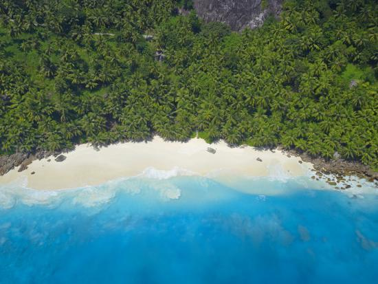 papadopoulos-sakis-aerial-view-of-anse-victorin-beach-fregate-island-seychelles-indian-ocean-africa