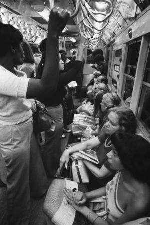 passengers-commuting-on-a-nyc-lexington-avenue-subway-in-the-1970s-may-1973