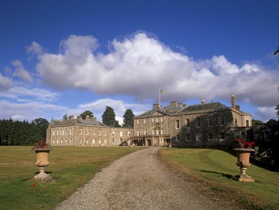 patrick-dieudonne-haddo-house-elegant-country-house-georgian-exterior-near-tarves-aberdeenshire-scotland-uk