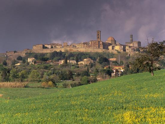 patrick-dieudonne-medieval-and-etruscan-city-of-volterra-after-a-storm-tuscany-italy-europe