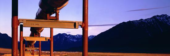 paul-andrew-lawrence-the-trans-alaska-pipeline-just-north-of-the-brooks-range-looking-south