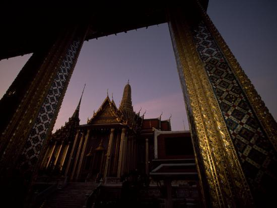 paul-chesley-looking-from-one-temple-to-another-at-sunset-grand-palace-bangkok