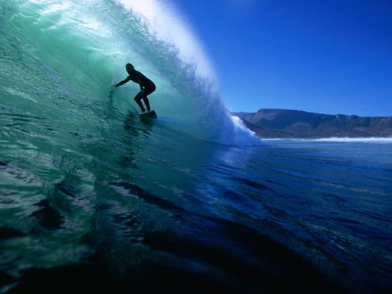 paul-kennedy-surfing-the-tube-at-dunes-noordhoek-beach-cape-town-south-africa