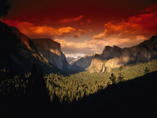 paul-nicklen-scenic-view-of-a-sunset-at-yosemite-national-park