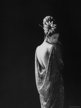 paul-schutzer-model-wearing-dress-paris-fashion-show