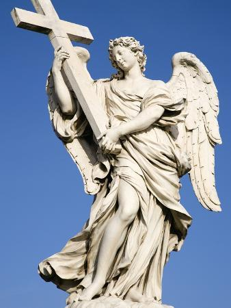 paul-seheult-statue-of-an-angel-on-sant-angelo-bridge