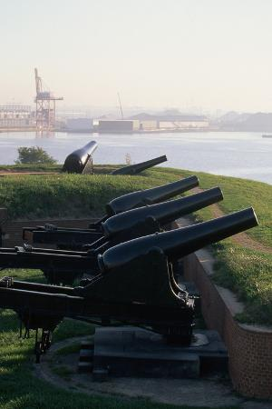 paul-souders-cannons-at-fort-mchenry