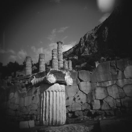 paul-souders-marbel-column-near-temple-of-apollo-in-delphi