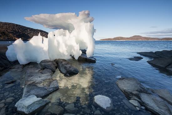 paul-souders-melting-iceberg-repulse-bay-nunavut-territory-canada