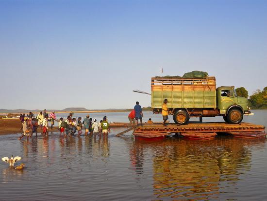 people-and-truck-crossing-the-manambolo-river-tsingy-de-bemaraha-madagascar-africa