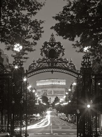 peter-adams-arc-de-triomphe-paris-france