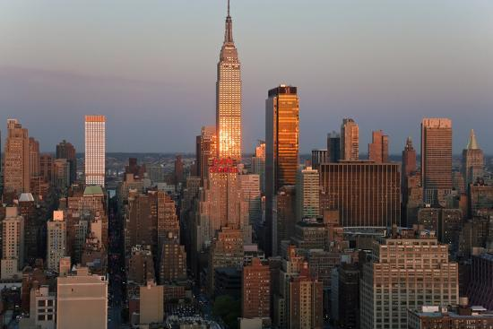 peter-adams-empire-state-building-and-midtown-manhattan-new-york-usa
