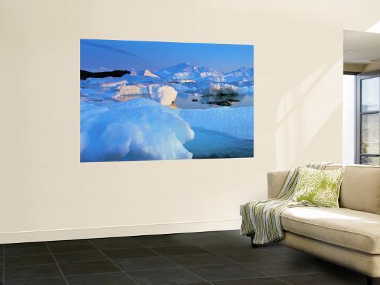 peter-adams-icebergs-disko-bay-greenland