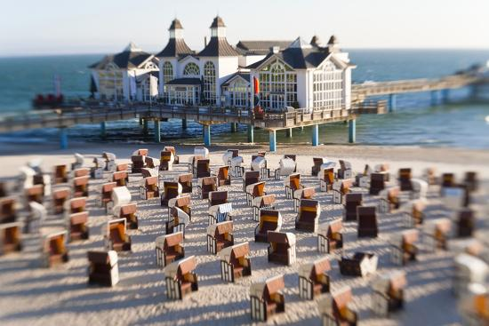 peter-adams-pier-at-sellin-and-beach-baskets-rygen-island-baltic-coast-germany