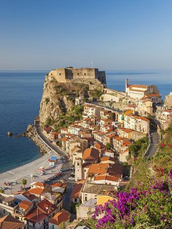 peter-adams-town-view-with-castello-ruffo-scilla-calabria-italy