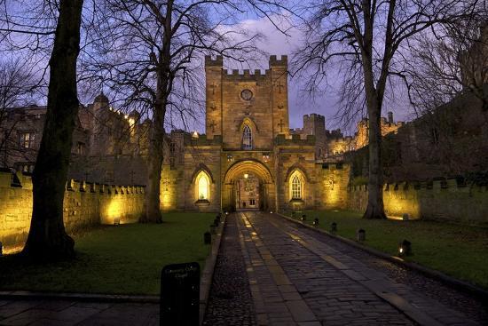 peter-barritt-gatehouse-durham-castle-university-college-durham-england-united-kingdom-europe