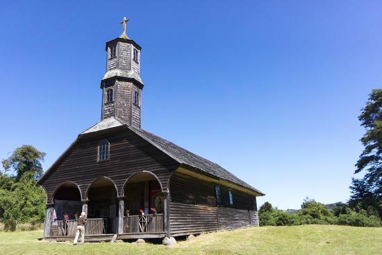 peter-groenendijk-san-antonio-church-colo-island-of-chiloe-chile