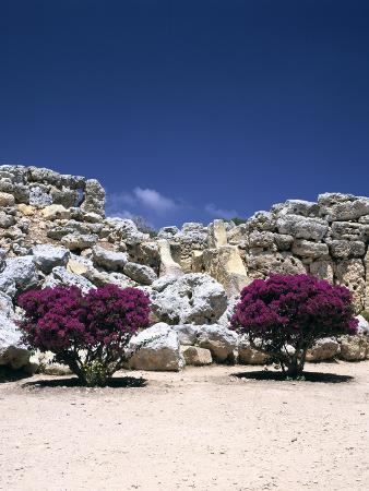 peter-thompson-a-megalithic-temple-complex-ggantija-gozo-malta-20th-century