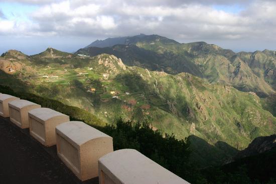 peter-thompson-anaga-mountains-tenerife-2007