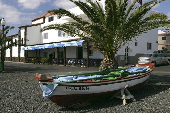 peter-thompson-fishing-boats-la-lajita-fuerteventura-canary-islands