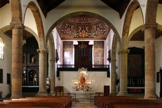 peter-thompson-interior-church-of-nuestra-senora-de-la-concepcion-la-laguna-tenerife-canary-islands-2007