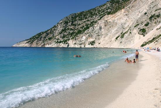peter-thompson-mirtos-beach-kefalonia-greece