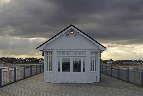 peter-thompson-pier-southwold-suffolk