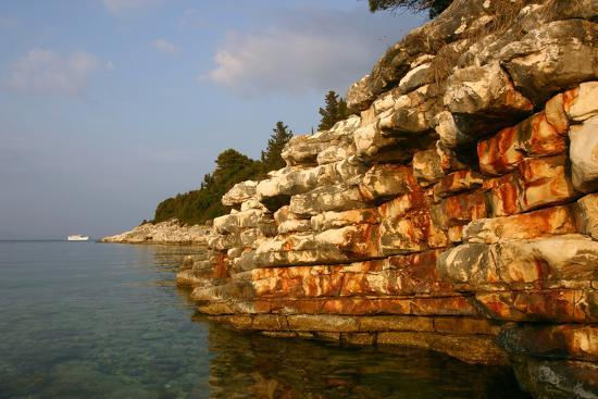 peter-thompson-rock-formations-kefalonia-greece
