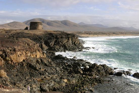 peter-thompson-tower-el-cotillo-fuerteventura-canary-islands