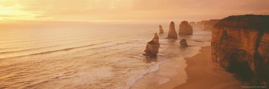 peter-walton-12-apostles-port-campbell-australia