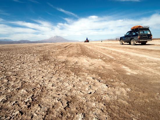 phil-clarke-hill-four-wheel-drive-vehicles-in-desert-southwestern-bolivia-bolivia