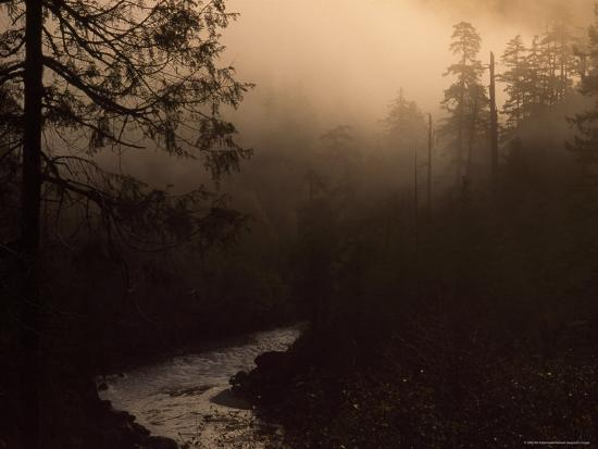 phil-schermeister-south-fork-of-smith-river-at-sunrise-california